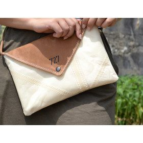 Lys clutch bag Leather and...